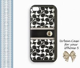 Coach Lovely Black and White Hard Case iPhone 5 Case, iPhone case, iPhone 5 Case, iPhone 5 Cover, Hard iPhone 5 Case Original Design